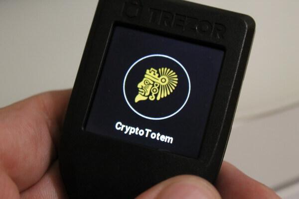 CryptoTotem on Trezor